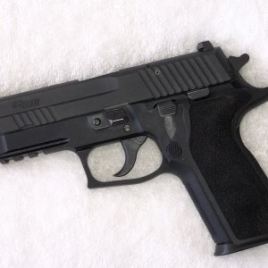 SIG P229 Enhanced Elite (E2)